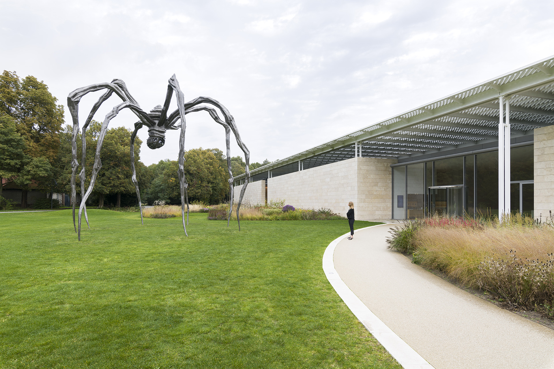 louise-bourgeois-to-unravel-a-torment-maman
